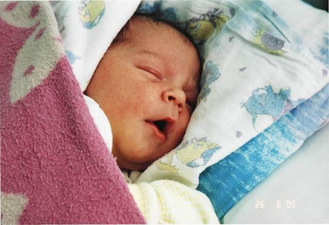 Как сладко спится нашей малышке! (1,5 дня)